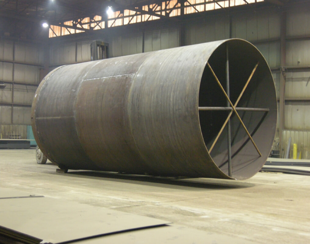 "Large diameter rolled and welded steel caissons are commonly 69"", 102"", 108"", 114"" and 120"" diameters. Arntzen manufactures caissons of diameters up to 192"" and lengths up to 120 Ft and longer."